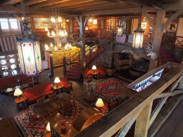 The historic El Ranch Hotel